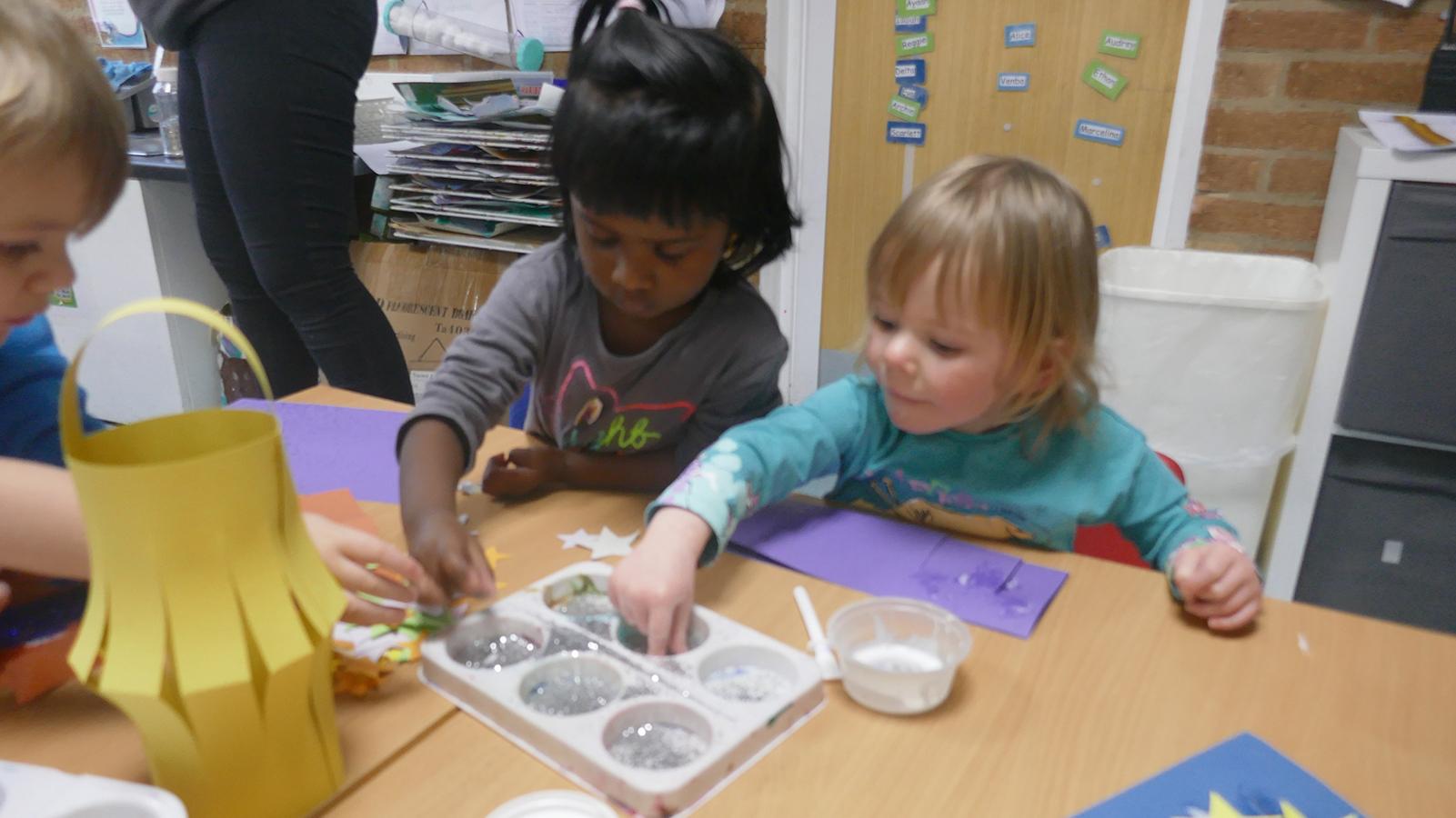Children making lanterns